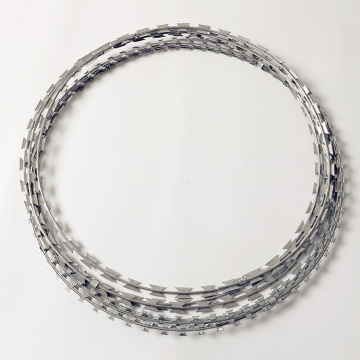 Security fencing galvanized razor barbed wire for sale