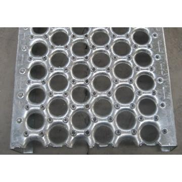 Low carbon steel metal safety grating
