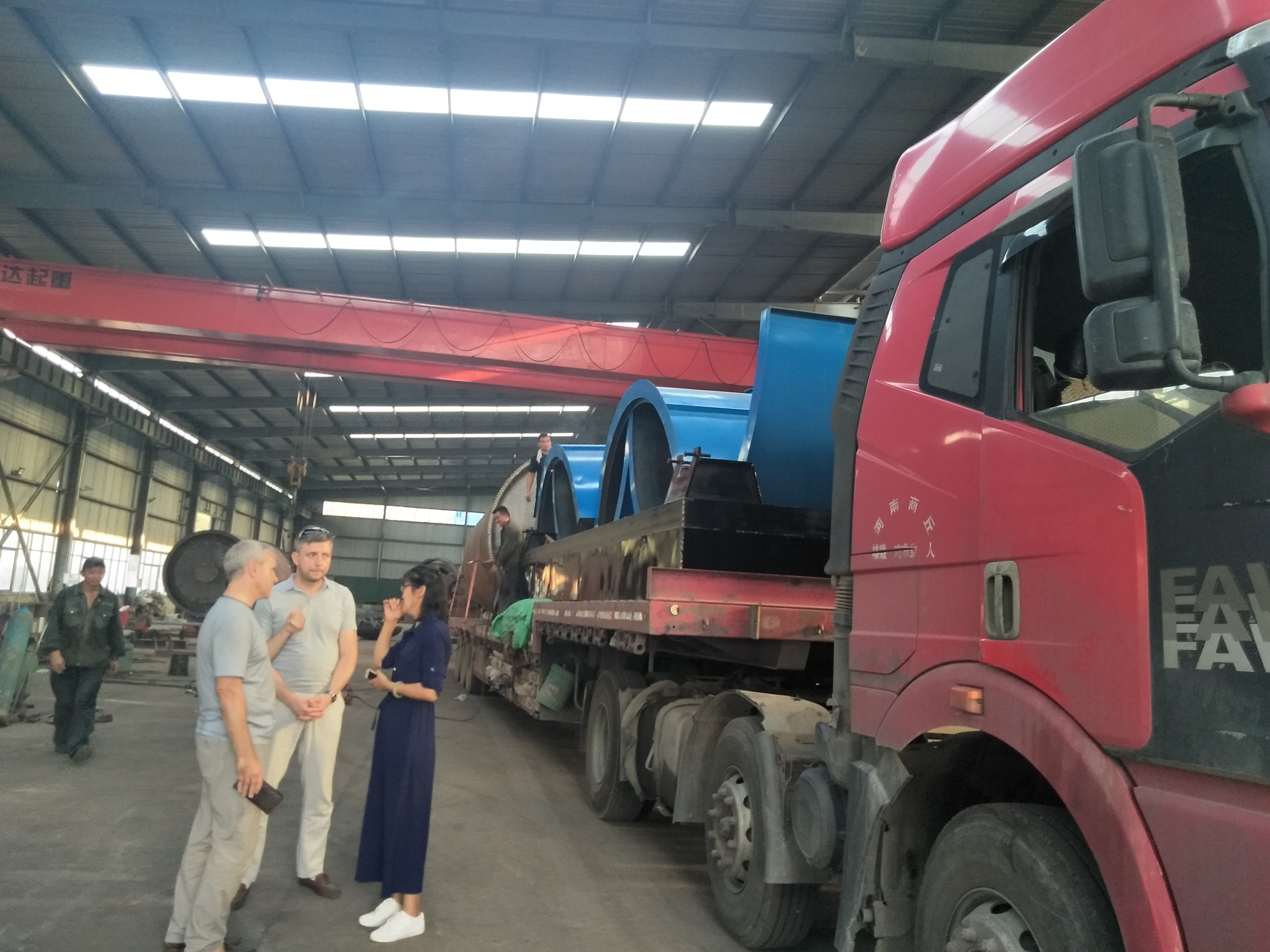 pyrolysis machine delivery