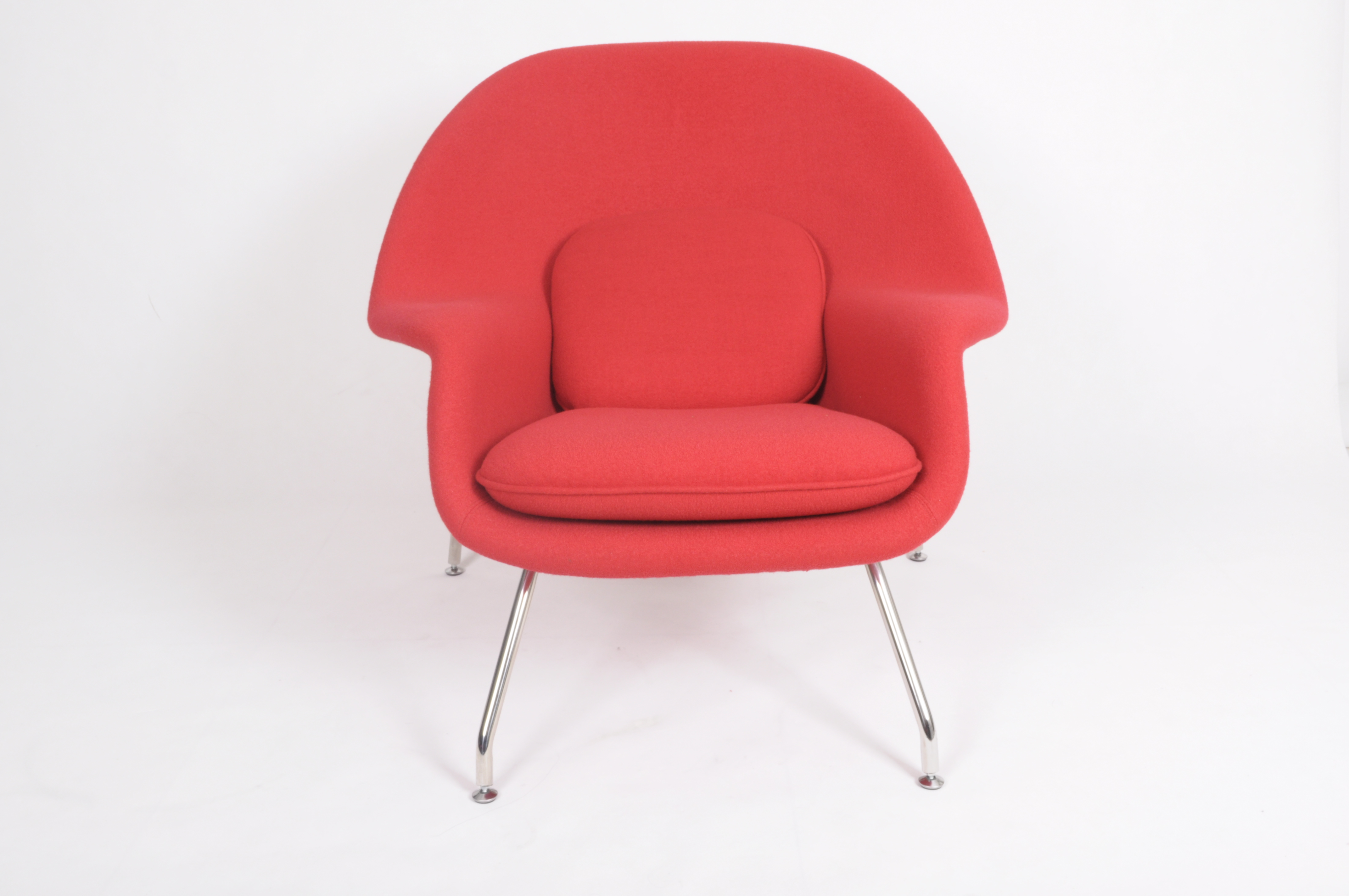 womb chair and ottoman