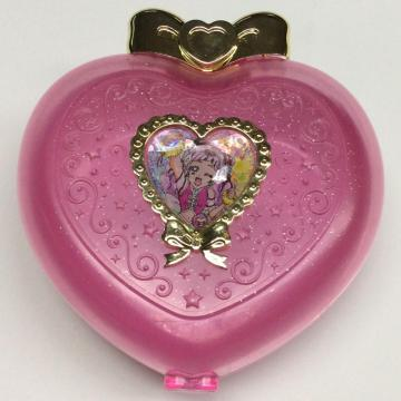 Plastic heart shaped storage boxes