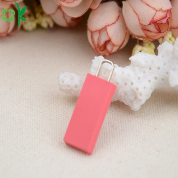 Popular Customized Silicone Zipper Puller for Sale