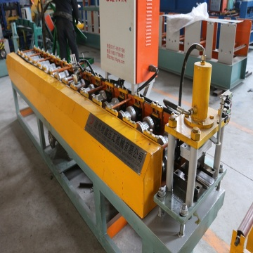 High speed roll foming fencing panel machine