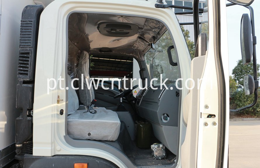 cold storage truck cab 1