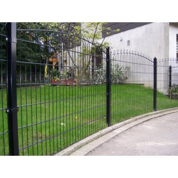 Welded decofor panel fencing