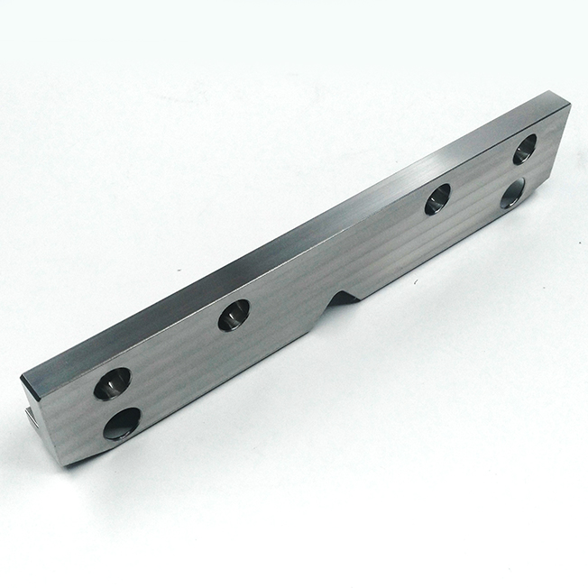 CNC machining metal components