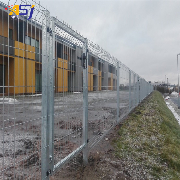 pvc welded wire mesh fencing system in bule