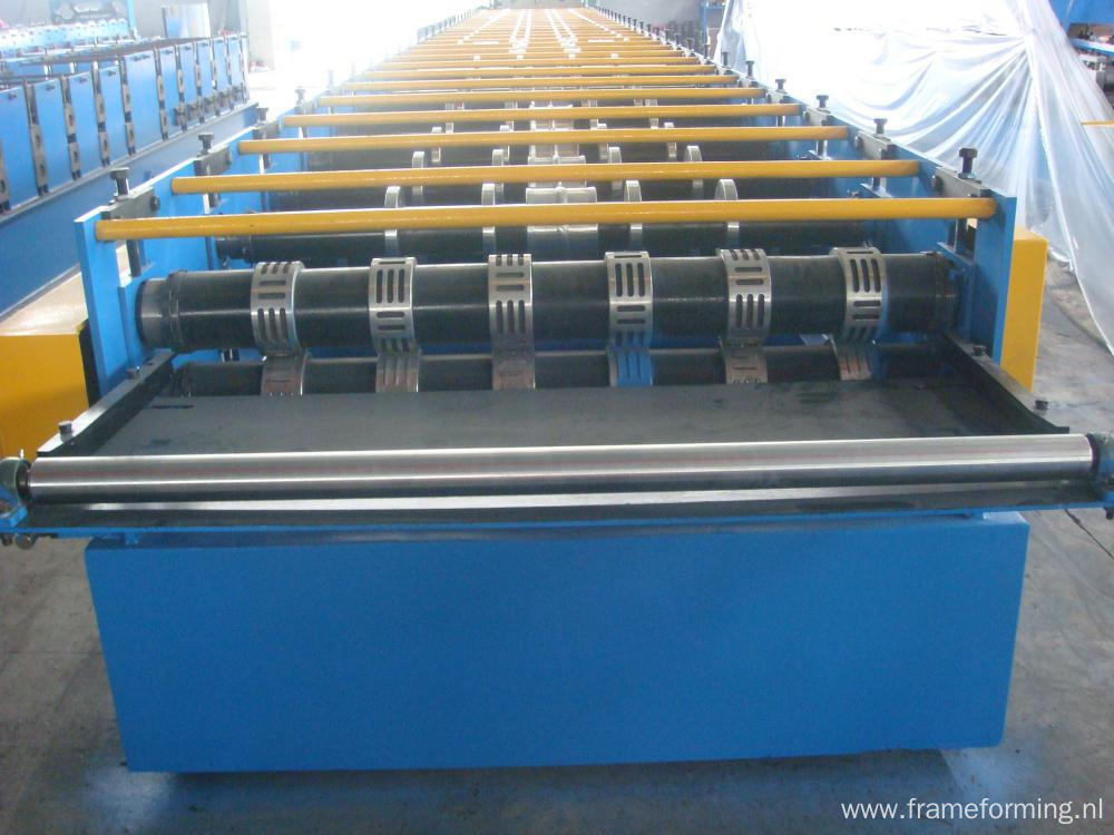 Steel Deck Roll Fomring Machine with high quality