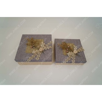 Hand-made linen Christmas gift box