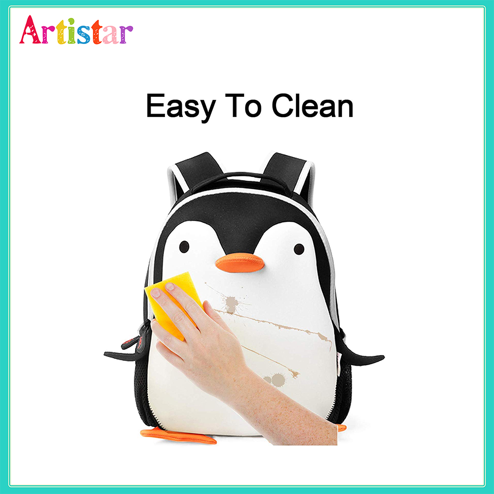 Penguin Modelling Backpack 05 3