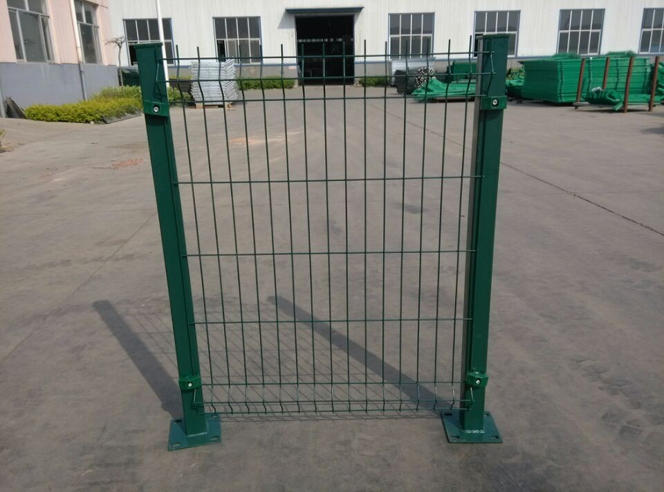 wire mesh fence (11)