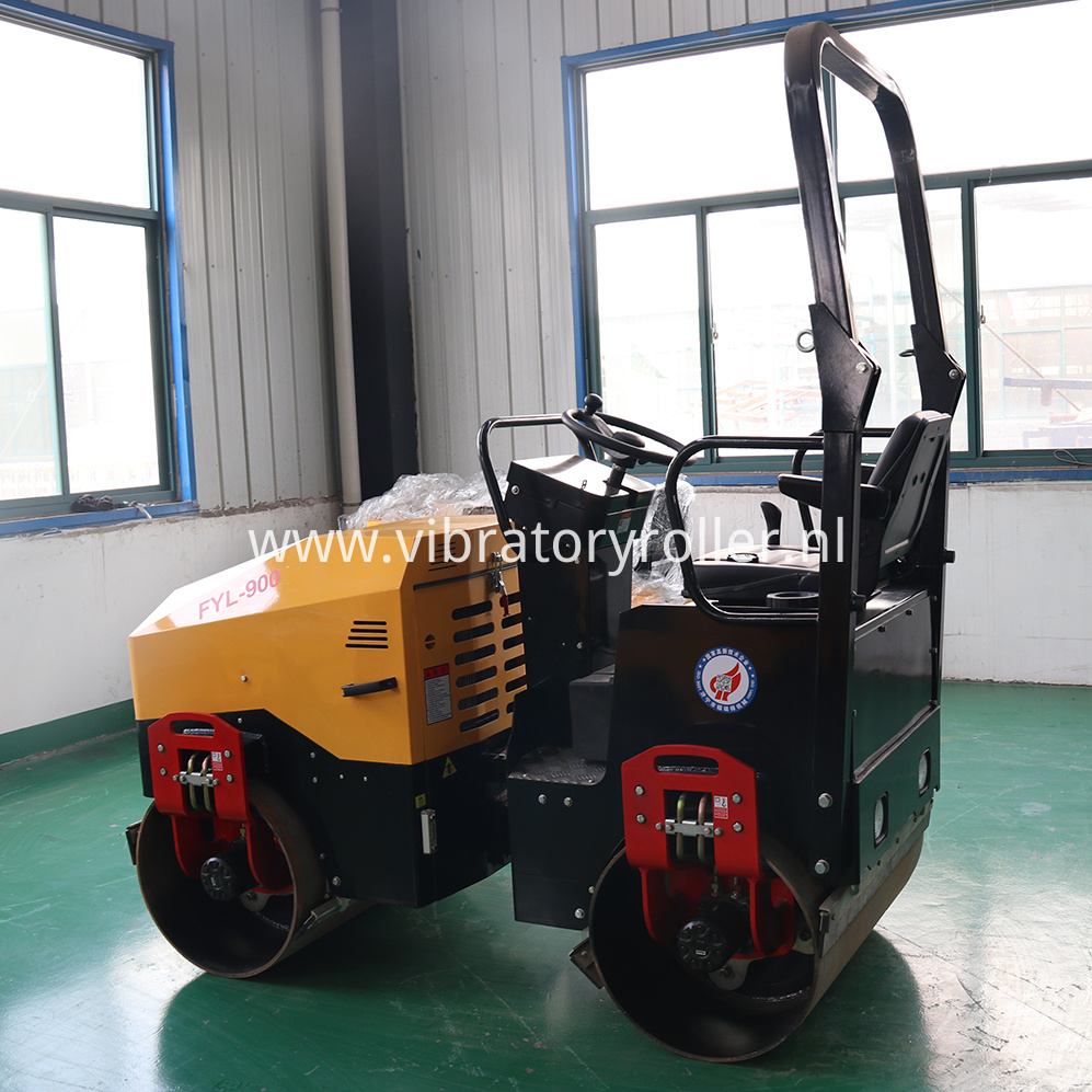 FYL-900 Vibration Road Roller