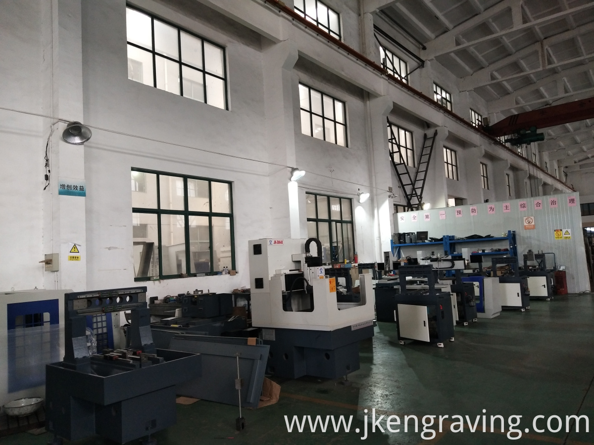 Electronics And Mobile Phone Three-shaft Engraving Machine