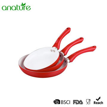 Pressed White Ceramic Coating Bakelite Handle Pan