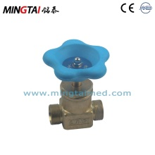 Manual shut off valve for medical device