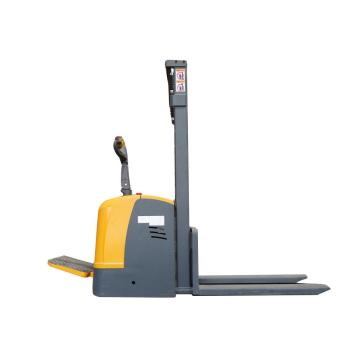 stand on 1.5 ton full electric stacker