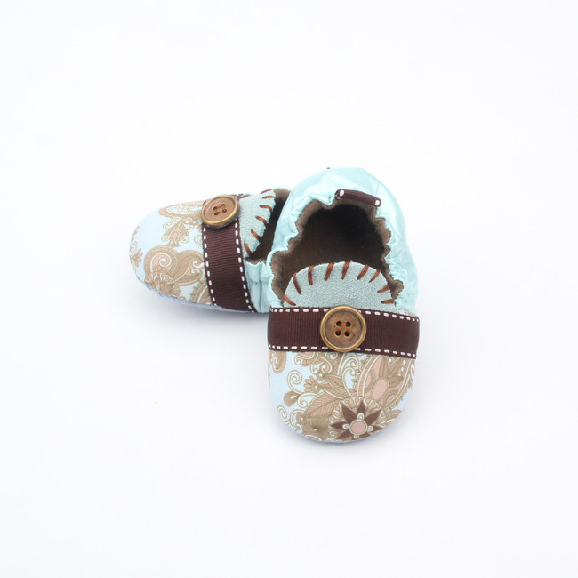 Button Decoration Baby Exquisite Pattern Soft Shoes