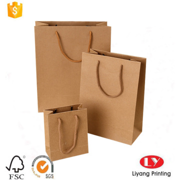 Paper shopping packaging bag with strong handle