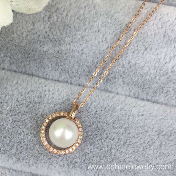 New Fashion Design for for Pearl Necklace Gold Plated Chain Necklace With Shell Pearl Pendant Necklace export to Samoa Factory