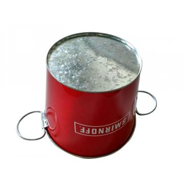 Round bucket with two flexible handles
