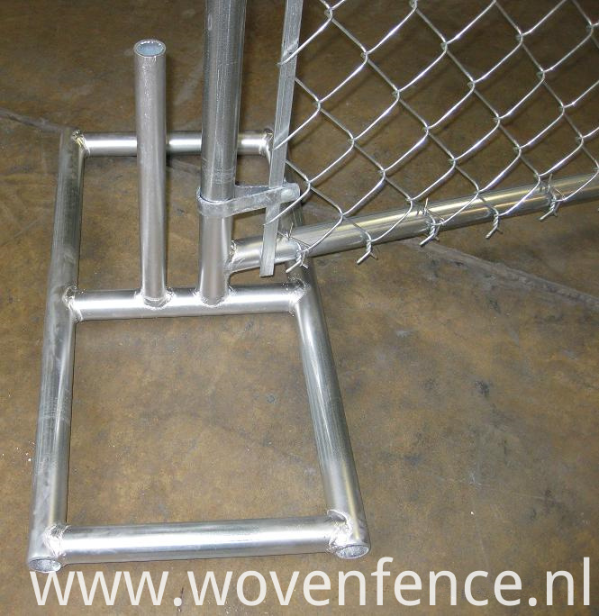 Temporary fence metal feet