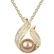 Women Fashion Gold Pearl Pendant Crystal Necklaces