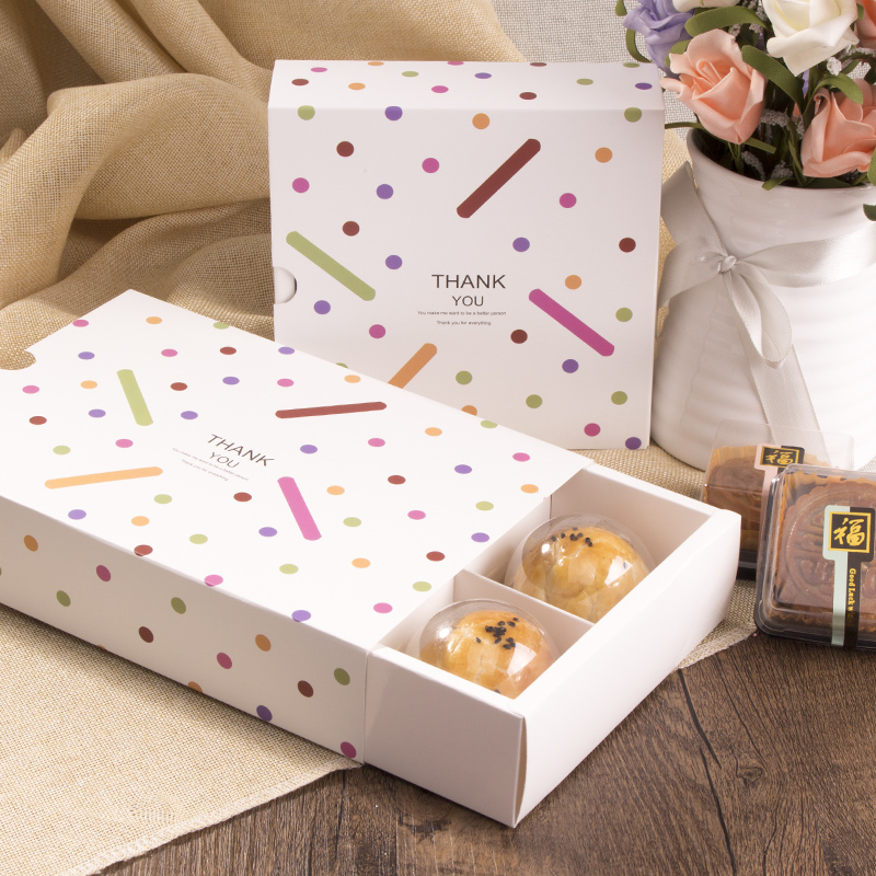 Drawer cookie box with dividers