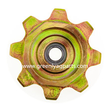 H231386 H221638 JohnDeere lower idler chain sprocket