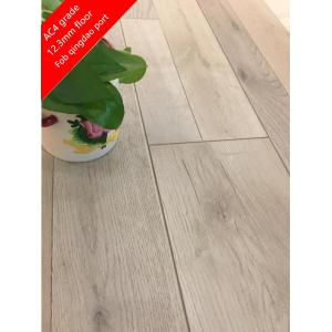 8mm engineered oak laminate flooring with oak color
