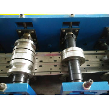 Storage racks roll forming machine