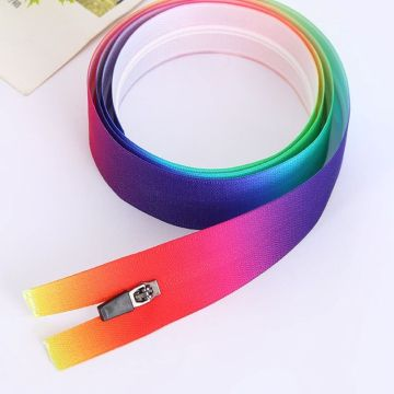 Pretty gradient ramp rainbow zippers for coat