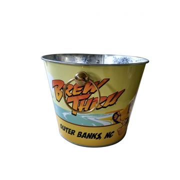 Round bucket with luxurious handles