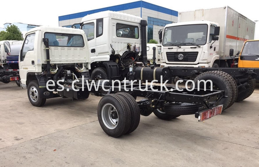small water truck chassis 3