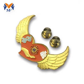 Gold plating embossed wing design pin badge