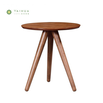 Solid Wood Side Coffee Table na may 3 binti