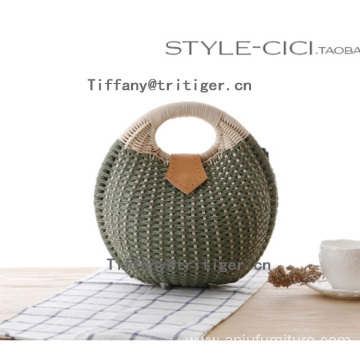 2017 new straw personality Fashion round shaped rattan straw bag