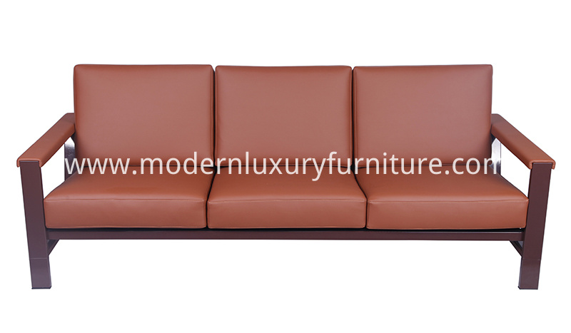 Strong-Frame-Sofa-for-Restaurant-and-Commercial-Space