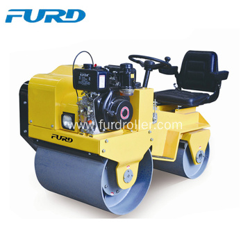 700Kg Ride On Mini Road Roller