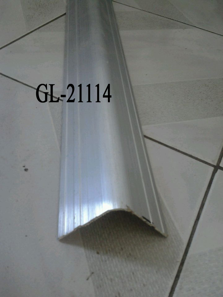 Wrap Angle Truck and Trailer Part Aluminium Alloy Vehicle Side Guard Corner and Edge Protector