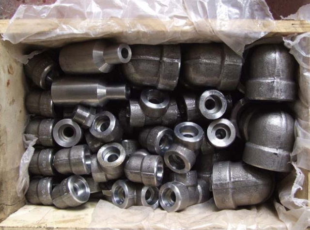 Forged fitting sockolet packing