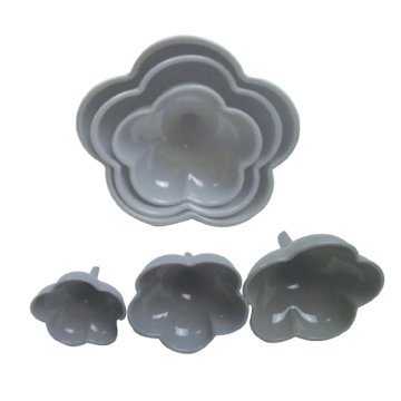 Set of 3 pcs silicone Funnel Flower Shape