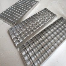 Galvanized Plug Steel Grating