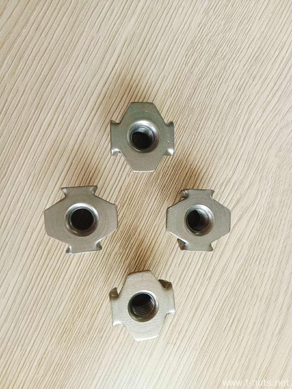 M8X17 Steel Plain Tee Nuts