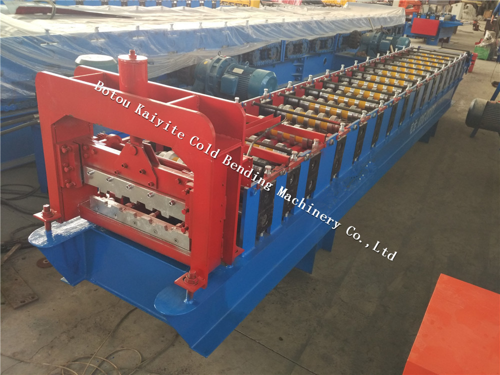 Slide shutter door machine