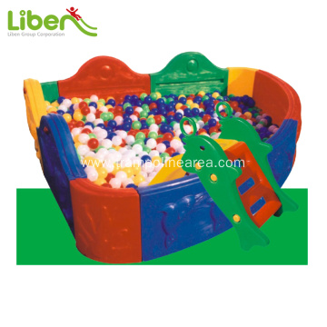 Indoor plastic ball pool for infant