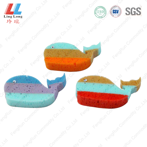 Gradient colors fish style bath sponge