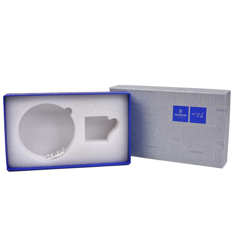 Electronic packaging paper box