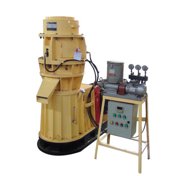 Small  woodworking machine making wood pellet