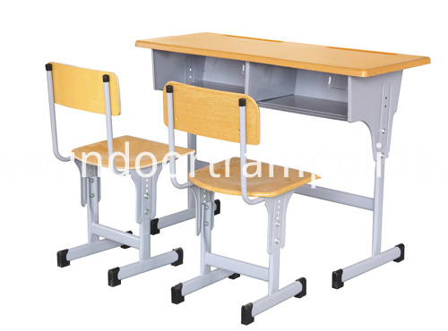 stundent desks and chairs