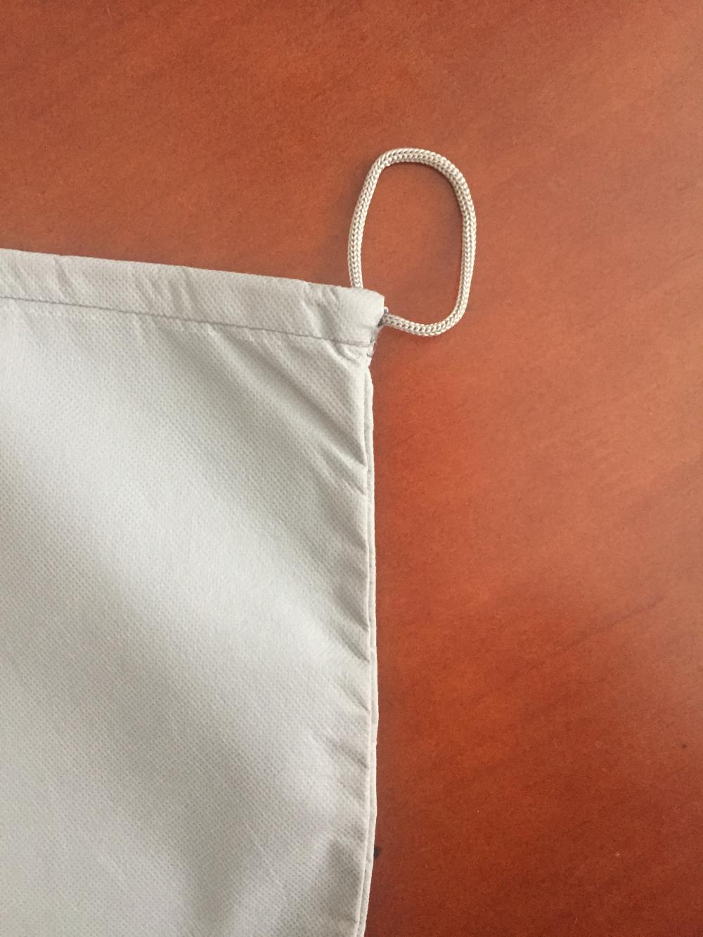 100g single side pulling-styled non-woven laundry bag
